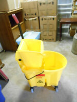 Rubbermaid REDUCED Mop Bucket and Squeeze