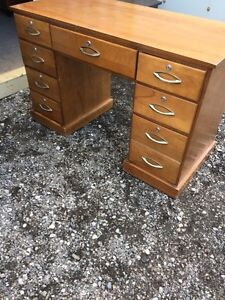 Solid wood desk 7 drawers