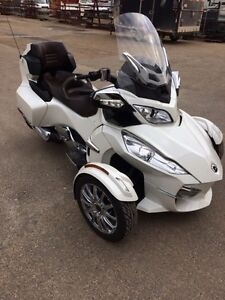 Can am spyder limited RT
