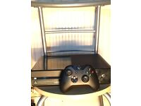 Xbox one 500 gb one controller