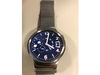 Huawei watch works both with android and apple