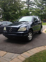 Mercedes-Benz ML 320 Class SUV Year 2000