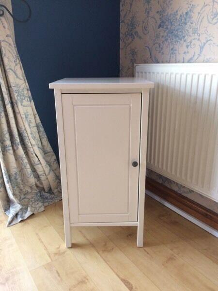 Ikea Hemnes Bedside Cabinet White