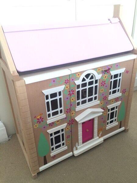 Tidlo Wooden Dolls House  Brand New