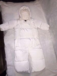 Barely used Gap snow suit