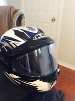 Casque de moto hjc grandeur large et medium