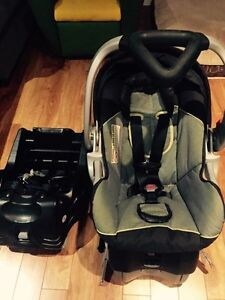 Babytrend Infant car seat with 2 bases
