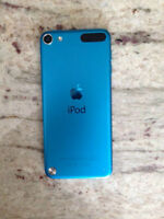 IPOD TOUCH 5TH GEN NO SCRATCHES