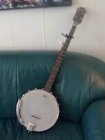 Beloved 5-String Banjo & Hard Case