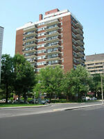 LArGE 3.5 APT - GREAT PRICE - CSL -