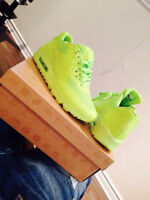 AIRMAX HYPERFUSE 80$ CHAQUE SIZE 10 SEULEMENT