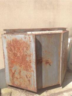 Tradies Tradesman Tool Box Ute Trailer Scrap Metal