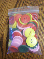 COLORFUL WOODEN BUTTONS