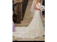 Stunning Amanda Wyatt Wedding Dress PETITE size 8/10
