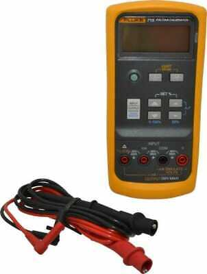 Fluke 0 V To 24 V Current Calibrator Lcd Display -10 Basic Dc Accuracy