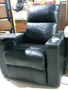 Leather power recliner **NEW**