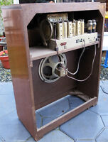 Pair of Vintage tube radios (Ladysmith)