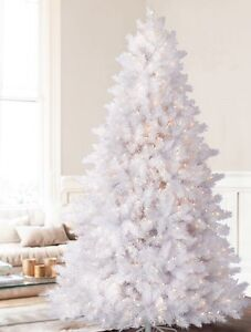 I'M LOOKING FOR A WHITE CHRISTMAS TREE