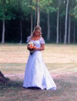 Wedding Dress modest