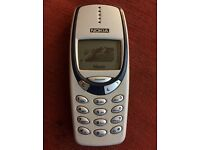 NOKIA 3310 Mobile Phone Unlocked and in Excellent Condition.