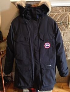 Women's Canada Goose Expedition Parka - Navy
