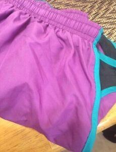 NWT Women's Nike DriFit shorts Kingston Kingston Area image 3