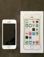 IPhone 5s 16gb white/gold unlocked