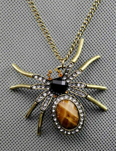 Collier araignée,Spider necklace,gothique,punk,rocker,medieval West Island Greater Montréal image 2