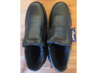 Men's chums black fur lined shoes uk 7 new