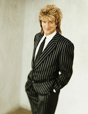 ROD STEWART UNSIGNED PHOTO - 7583 - MAGGIE MAY, SAILING & HOT LEGS