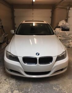 Bmw 323i 2011 white 99500 km