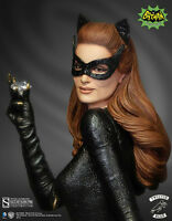 Catwoman Maquette Diorama by Tweeterhead