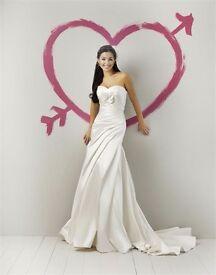 Brand New Ivory Justin Alexander Sweetheart 5956 wedding dress size 8-10.