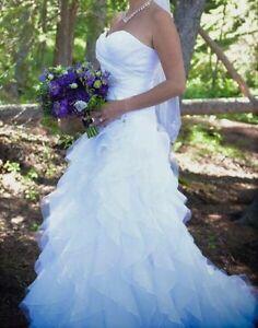 Beautiful Sweetheart White Wedding Dress for Sale