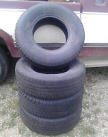 selling my set of tires -tubeless