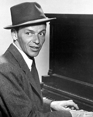Frank Sinatra 10x 8 UNSIGNED photo - P842 - The Lady Is A Tramp & High Hopes