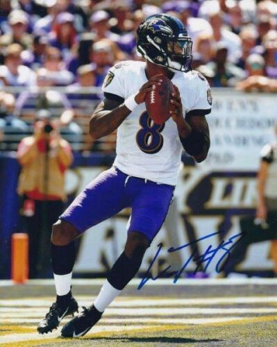REPRINT - LAMAR JACKSON Baltimore Ravens Signed Autographed 8 x 10 Photo RP