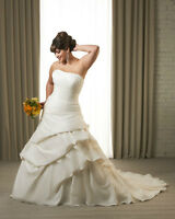 Gorgeous Bonny Bridal 1215 Wedding Dress for Sale