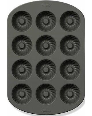 Non Stick 12 Fluted - Mini Fluted 12 Cavity Non Stick Cake Pan from Wilton 0557 NEW