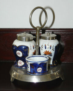 Classic blue and white pattern Cruet set on stand