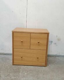 Good Quality Oak Effect Chest of Drawers No290421
