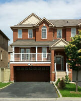 WHOLE HOUSE FOR RENT IN VAUGHAN - BRIGHT + SPACIOUS