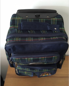 PERFECT LITTLE OVERNITE/CARRY-ON LUGGAGE IN GREAT SHAPE!!
