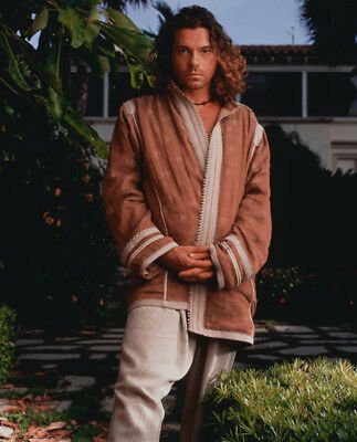 Michael Hutchence UNSIGNED photo - K8268 - Australian musician and actor