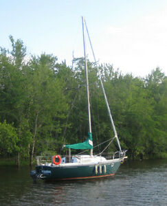 FOR SALE  Beautiful 26' C&C Sailboat -Excellent Condition