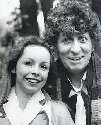 Tom Baker and Lalla Ward UNSIGNED photo - H135 - Doctor Who