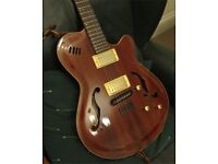 Godin Montreal semi (may px for amp)