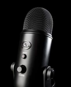 Blue Yeti Condenser Microphone - Silver and Blackout