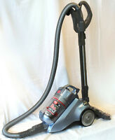 Reconditioned Hoover Bagless w/ Powerhead and Retractable Cord
