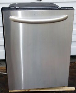 Kenmore Elite dishwasher- Stainless steel, excellent condition
